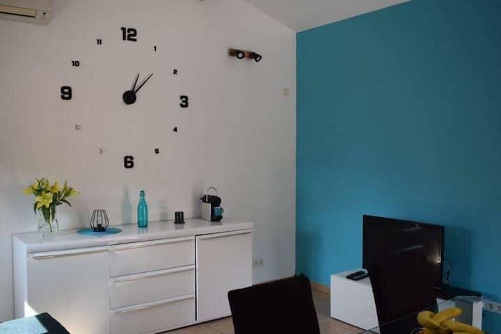 Studio accolé à une maison individuelle /Propriano