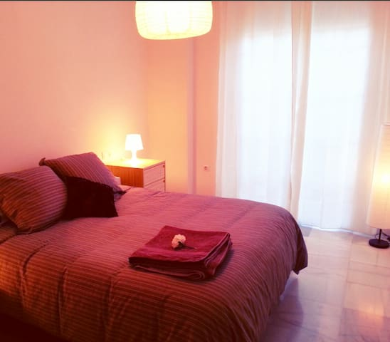 Charming room in the city center  - Málaga - Apartment