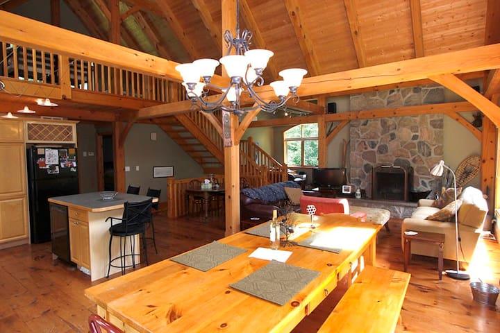 Beaver Valley Timber Frame Cottage/Chalet