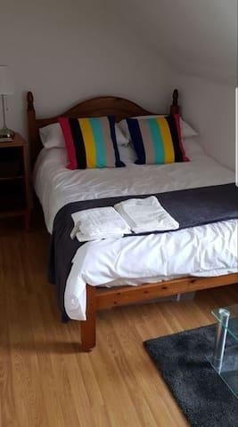 Quality Apartments - Unit 4