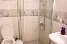 common area / toilet, sink and shower