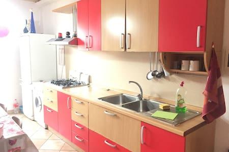 Soni Gabber - Fondi - Apartment