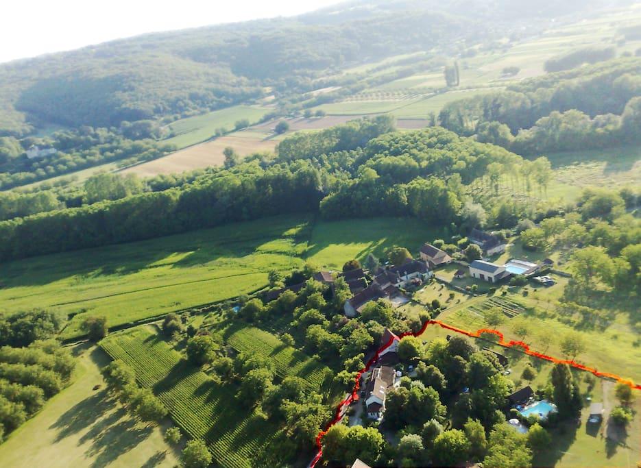 Le Coustaty : 1ha de parc arboré à 200 m de la Dordogne près de Sarlat