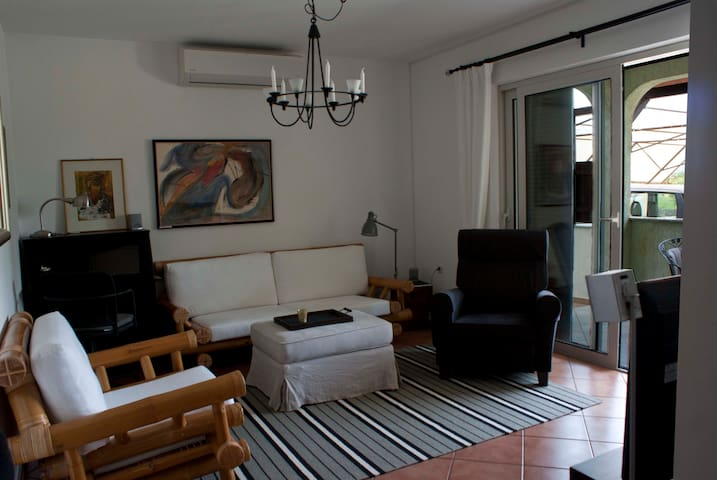 Nice apartment, island Krk - Porat - Appartement