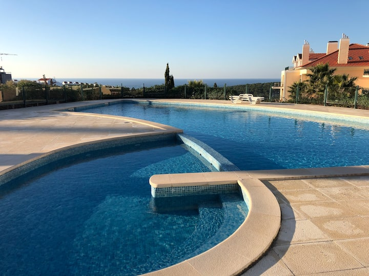 Ericeira Luxury Apartment on a private condo
