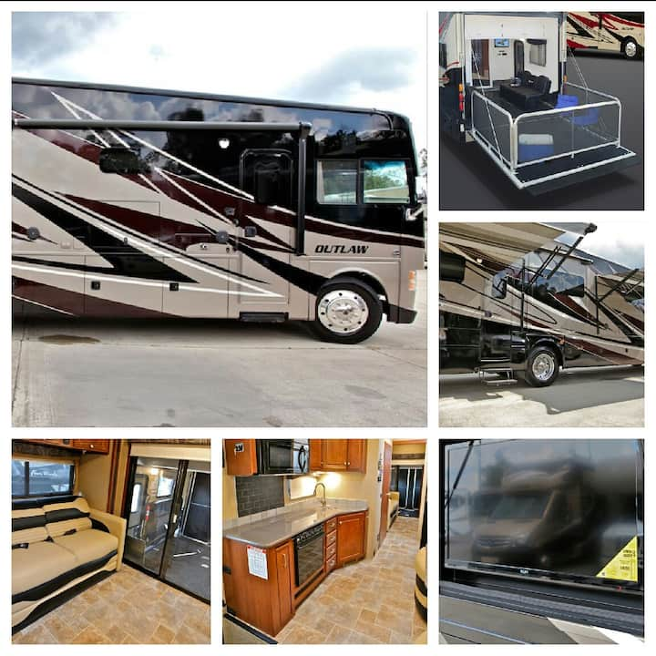 Super Bowl Luxury RV Package