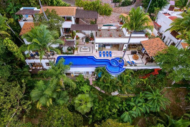 Casa Las Pergolas Luxury Villa