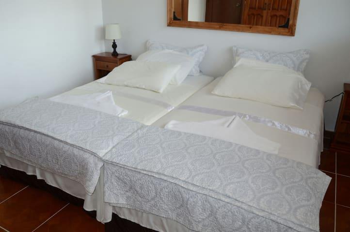Isorazul , Apartamento Planta alta
