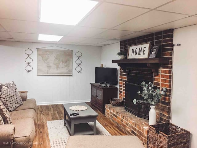 You'll enjoy the deep-seated sofa and oversized chair for the morning news or a night in with a movie. The fireplace provides a nice back drop. Streaming TV provided.