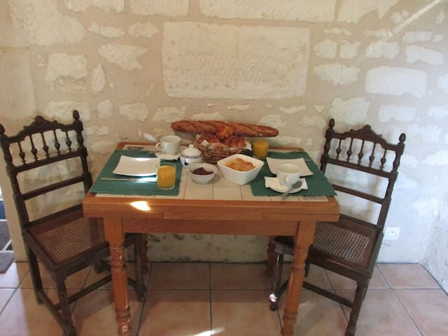 Countryside Retreat: Violette - Faverolles - Bed & Breakfast