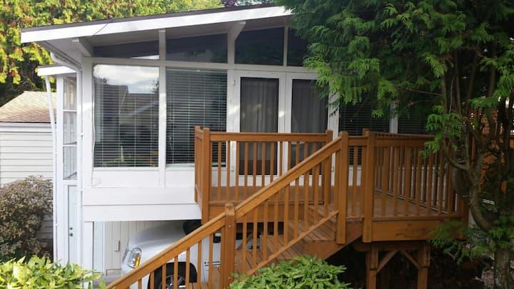 Meydenbauer neighborhood small living house.