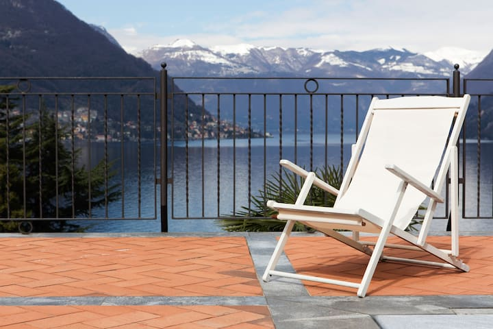 Your home a step away from the lake - Riva - Apartment