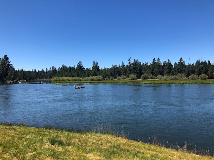 River View Inn on the Deschutes River, Sunriver Or