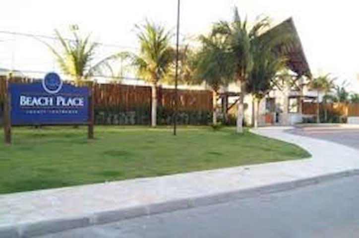 Apto duplex em resort de frente para o mar - Eusébio - Lejlighed
