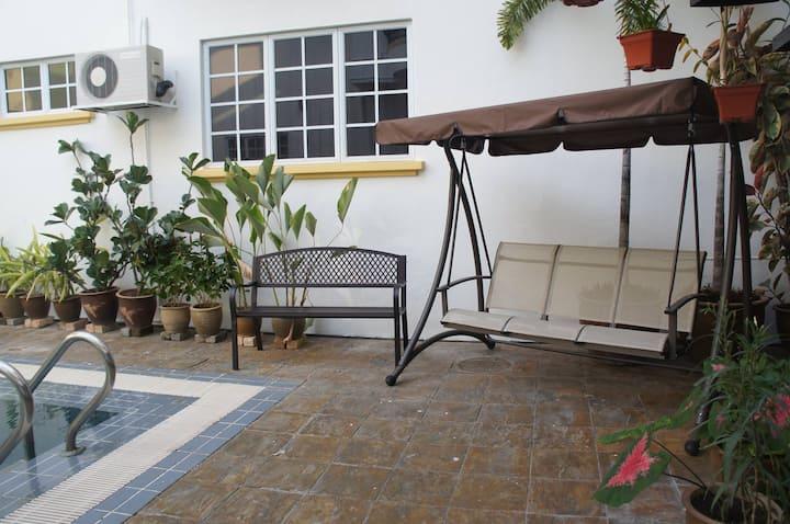 Hanson Homestay Double Storey Bungalow | Kajang