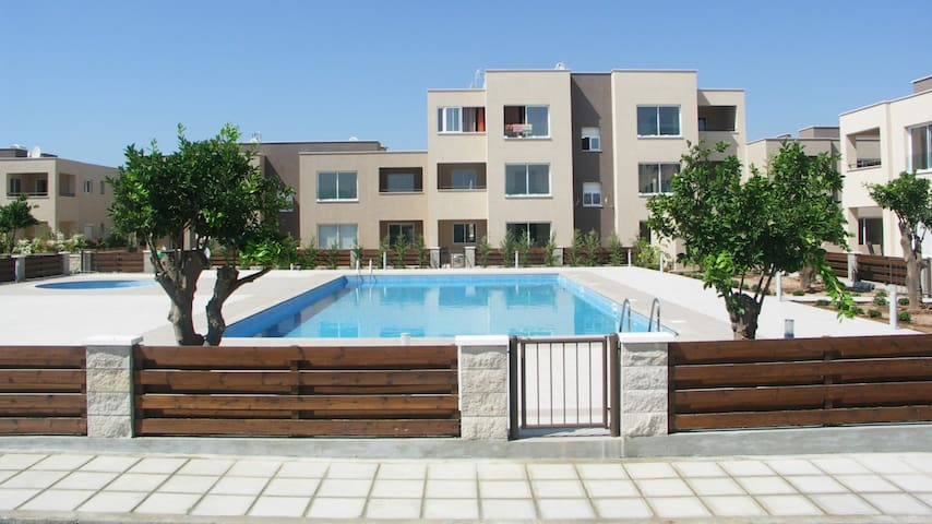 Zephyros 1 B18 Amazing two bedroom apartment - Mandria - Apartamento