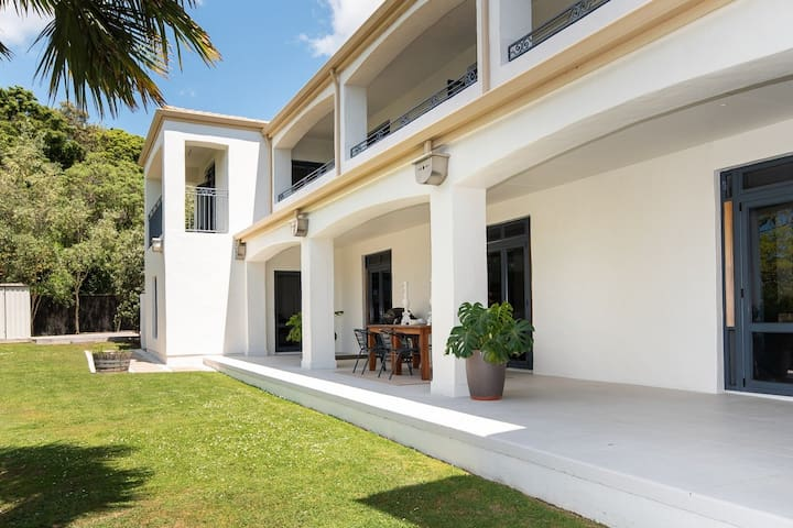 Mediterranean Marvel in the Heart of Havelock Nth