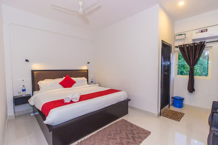 Deluxe Rooms 30 Mtrs to baga Beach JP