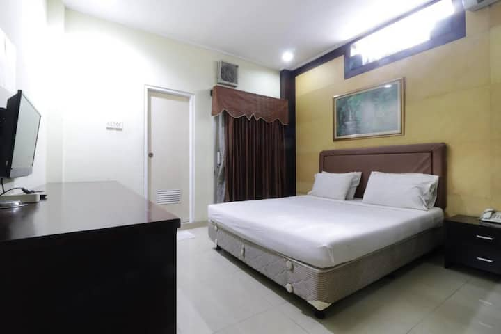 Affordable Clean Stay at Wisma Davinci Tanah Abang