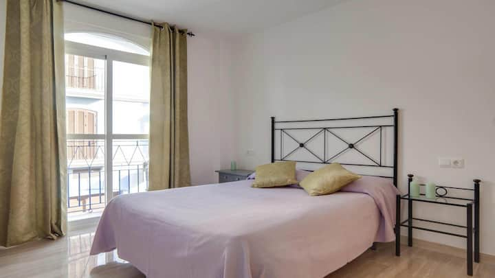 Centric 1BR Apartment by Rafleys in La Cala, Garage Place, Air Con