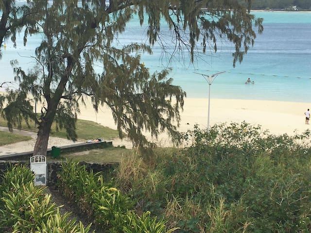Villa Bella - Blue Bay: sleeps 2 (private lounge)