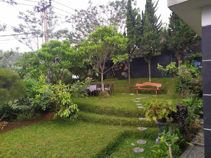 Villa DG-2 96, Dago Dreampark Lembang Bandung