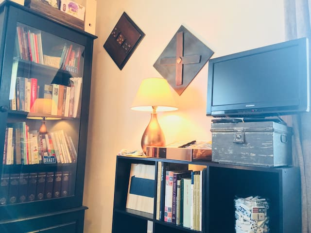 Like to read?  Feel free to browse our library right in your own bedroom!  Nothing like snuggling up with a good book to read.