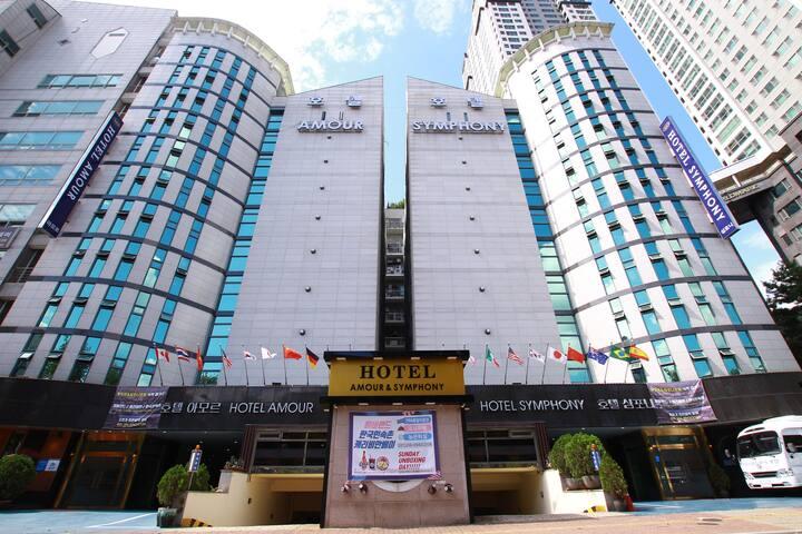 suwon Hotel Amour 수원아모르호텔 더블배드 2인조식포함