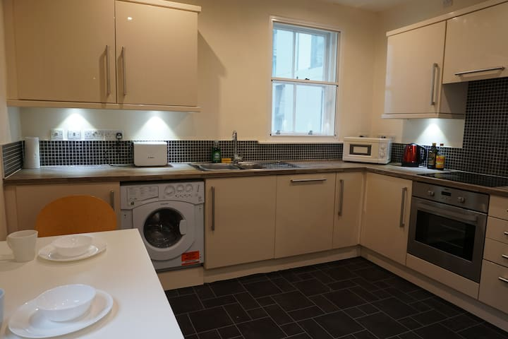 Newcastle Central Apartment