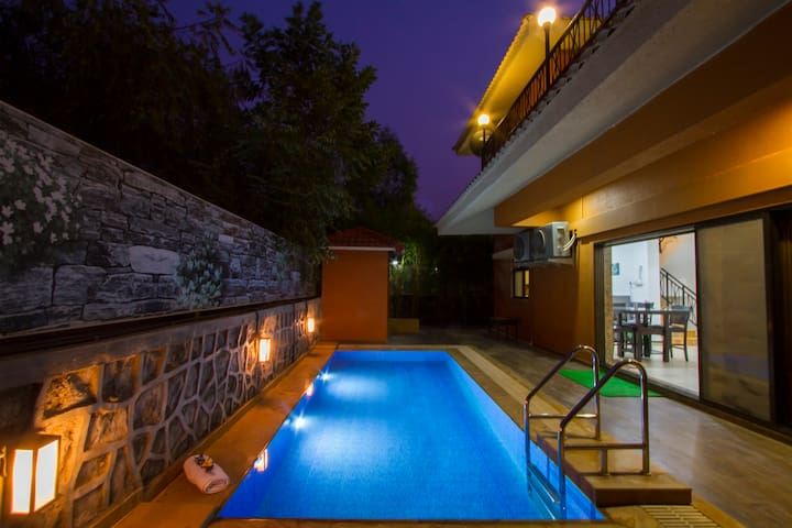 B- 22 Autumn, 3BHK Pvt Pool Villa amidst Nature