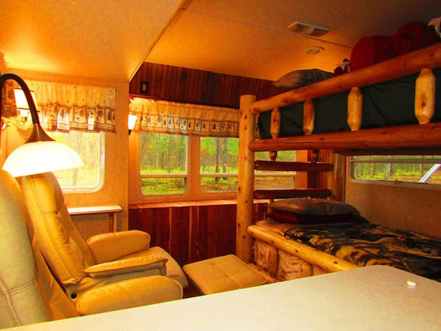 The Franklin Cabin RV at Best Bear - Irons