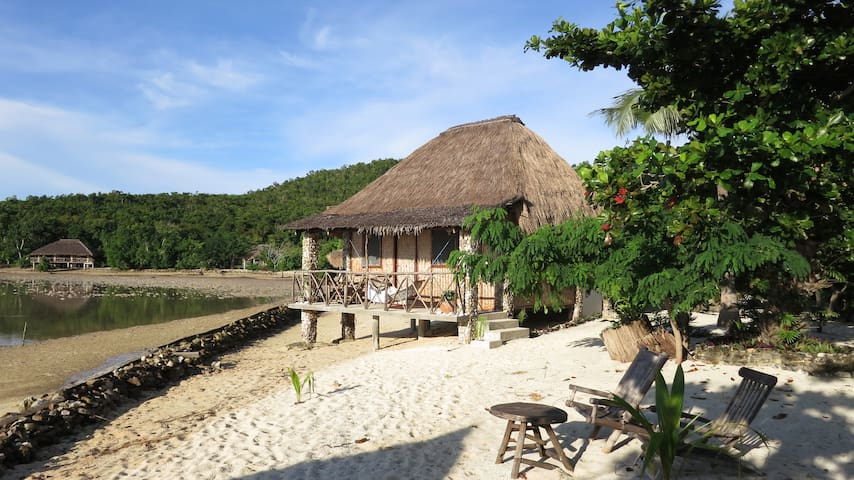 A Spacious Family Private Cottage by the Beach!! - Busuanga - Bungalow