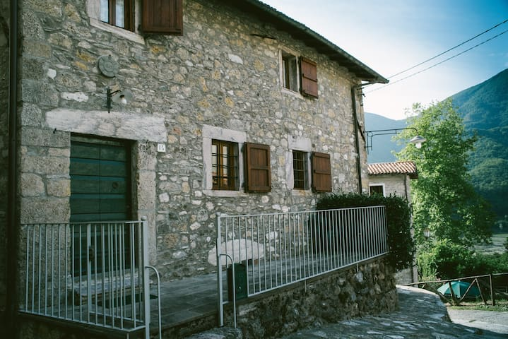 Cottage in Vagli Sotto, Tuscany - Vagli Sotto - Casa