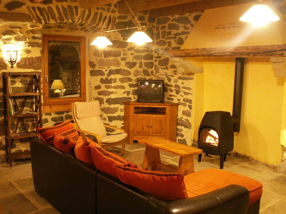 80 m² dans une ambiance chaleureuse et confortable...