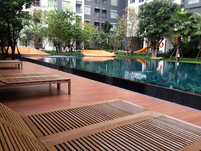1 Bedroom Brand-New Cozy Apartment with Pool