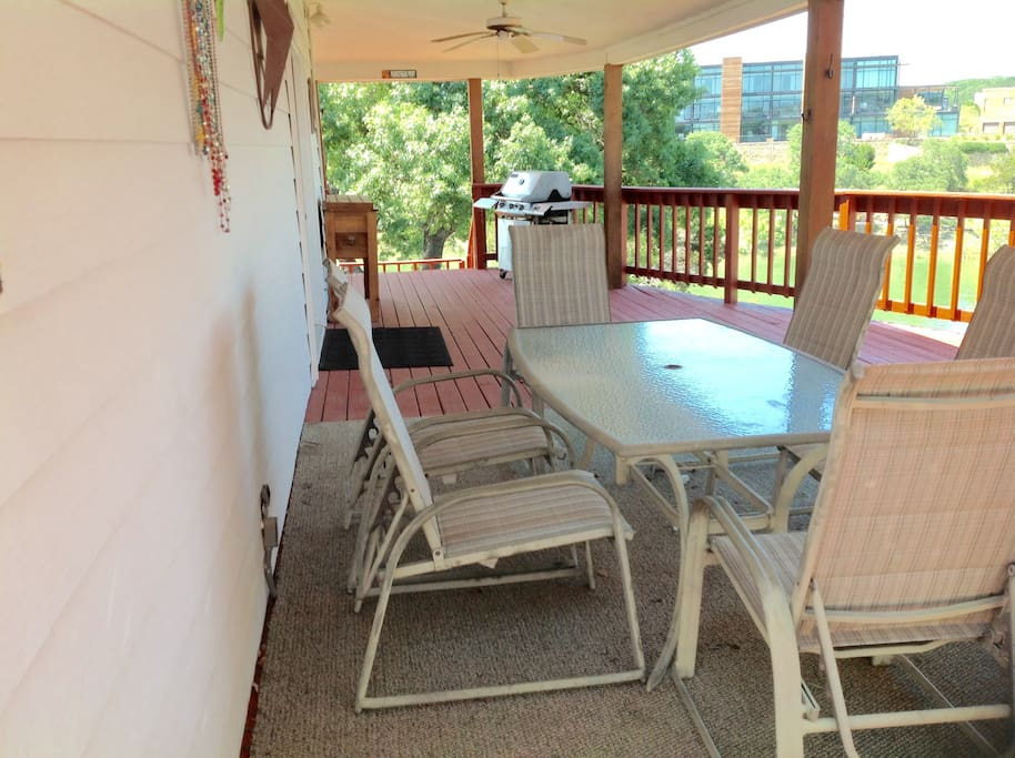 Have meals out on spacious deck, cooked on gas grille or charcoal grille (2 grilles to choose from)