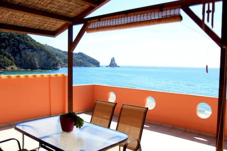 Sea view apartment Mariastella - Agios Gordios - Daire