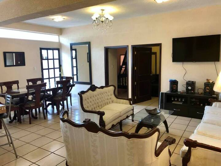 Fully furnished apartment in downtown Tlaxcala.