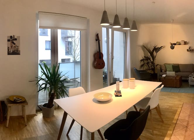 Cosy Loft in the middle of Altona by the river