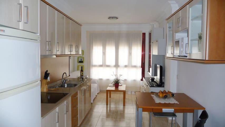 Apartamento Playa Las Canteras. Confort Vacacional