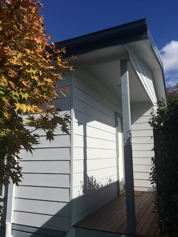 Melbourne warm and clean unit - Blackburn South - Bungalow