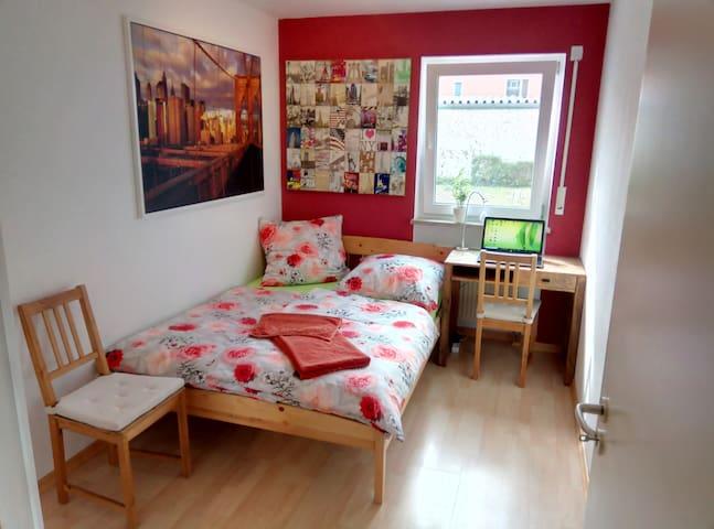 Prima Zimmer im Speckgürtel von München, max.2Per