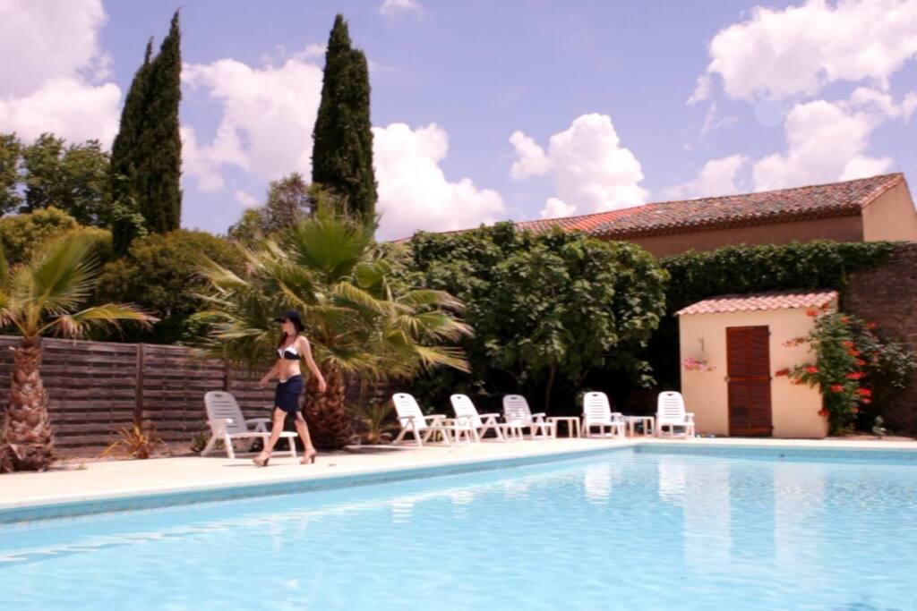 Barthe's 16m x 4m pool