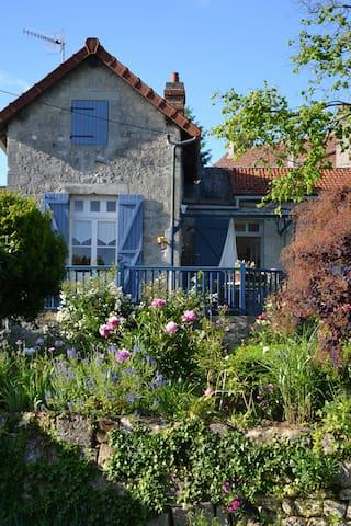 La maison de Saint Précord