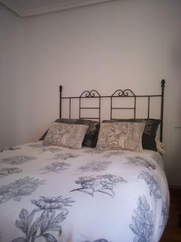 Habitación confortable con cama de 1,35