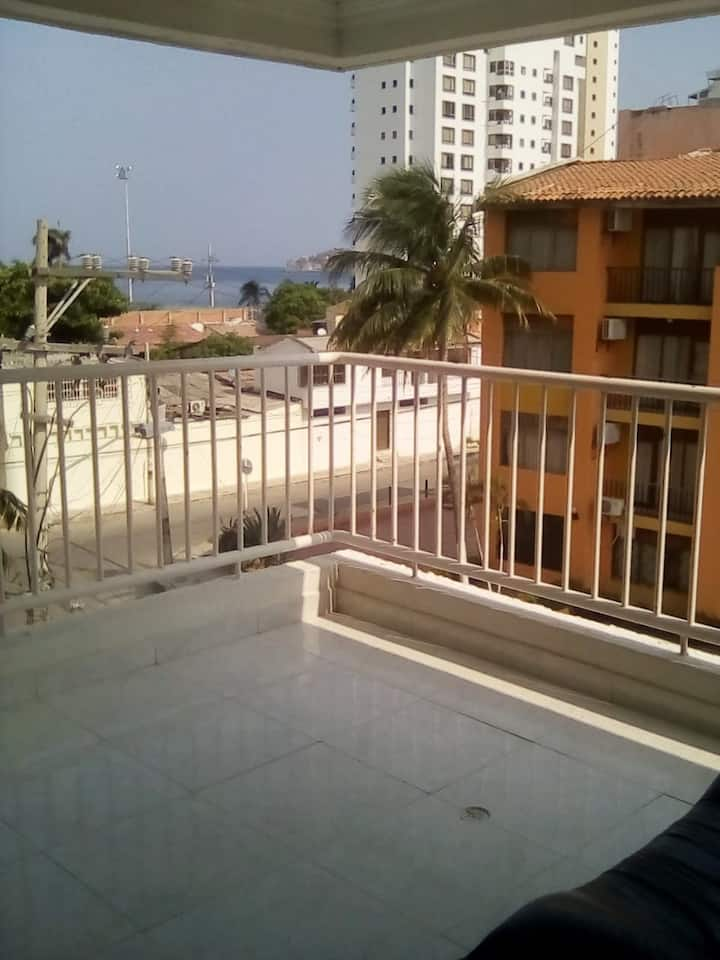 cosy and quiet 3 rooms flat Rodadero Sur 100mt sea