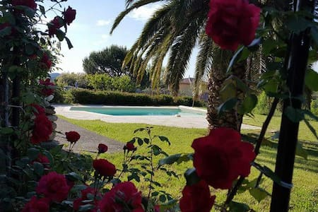 Tardevant villa with private pool - Berlou