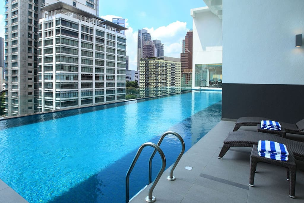 Infinity pool - access for all