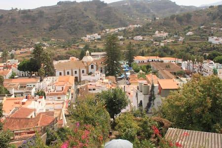 Haus mit Dachterasse+Garten in Teror, Gran Canaria