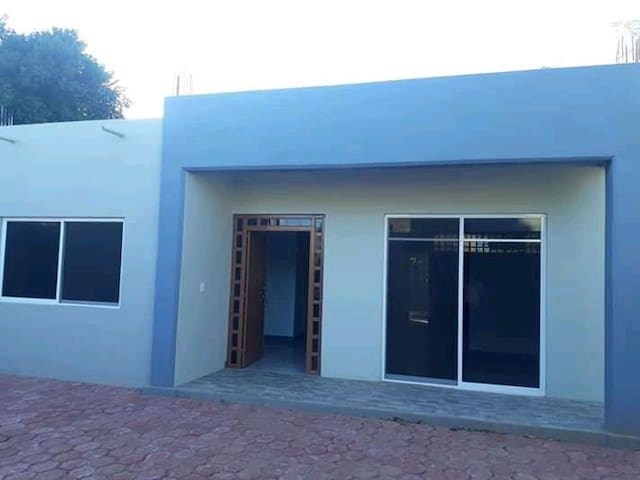 Espinal House Ist